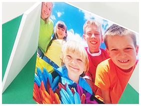ポスター印刷+パネル加工の表面画像